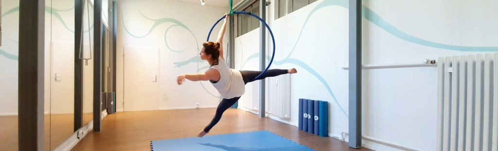 Aerial Hoop Tutorial: Basic Trick Peter Pan und Star